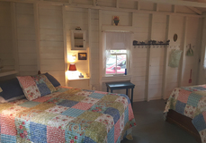 Search_clrock.25_note_guest_cottage_