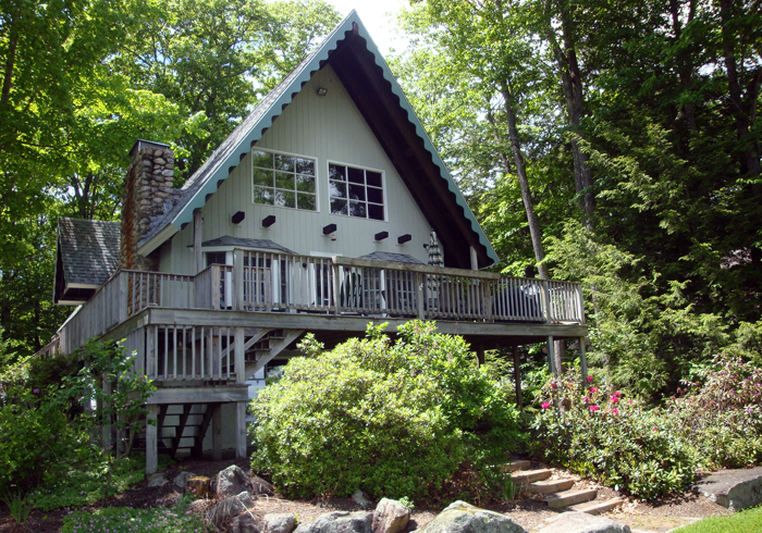 Maine Sebago Lake Region Vacation Rental llaldr.2.JPG