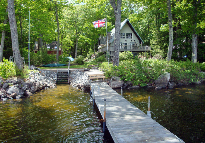 Maine Sebago Lake Region Vacation Rental llaldr.3.JPG
