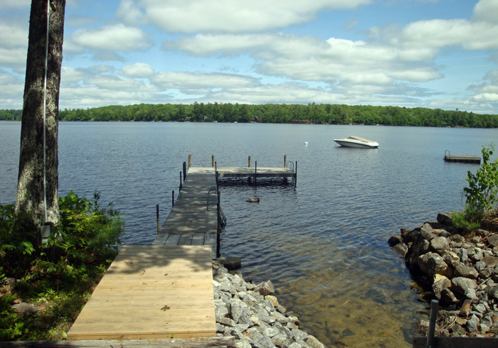 Maine Sebago Lake Region Vacation Rental llaldr.14.JPG