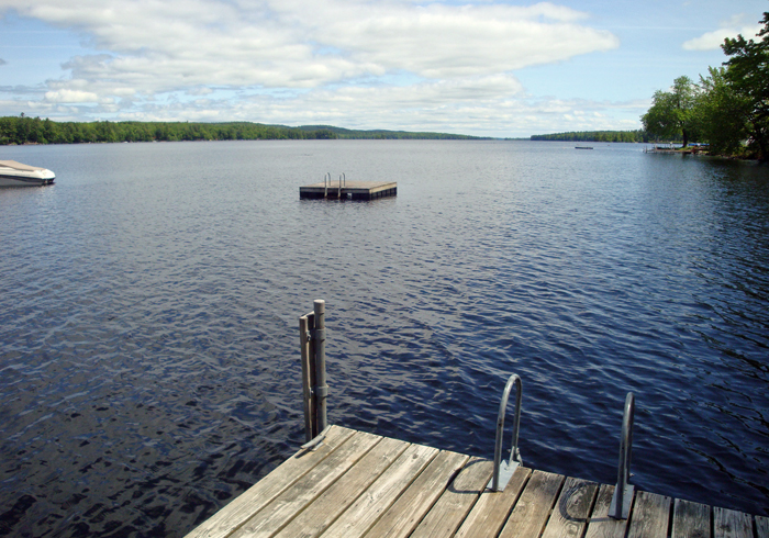 Maine Sebago Lake Region Vacation Rental llaldr.16.JPG