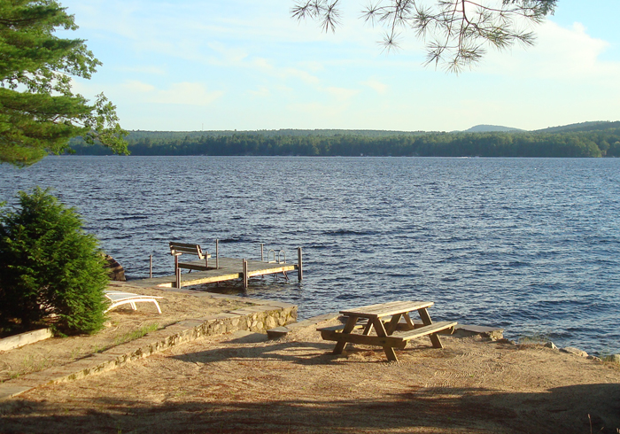 Maine Sebago Lake Region Vacation Rental llbilc.11.jpg