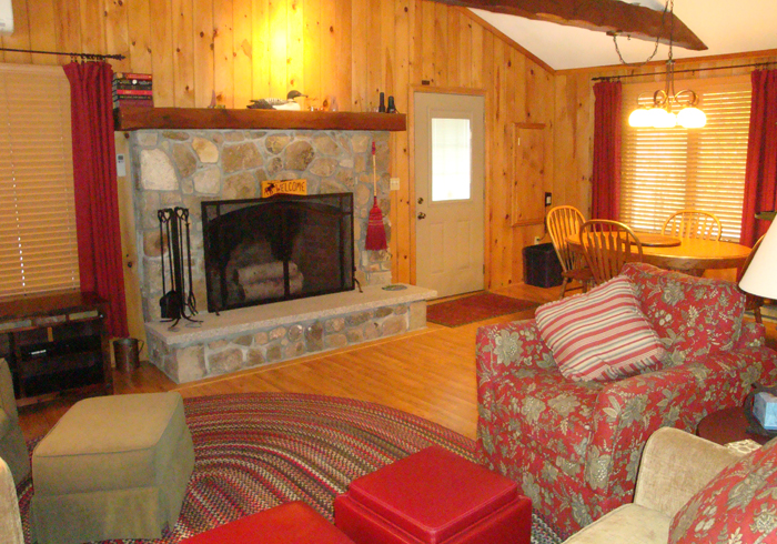 Maine Sebago Lake Region Vacation Rental llire1.6.jpg