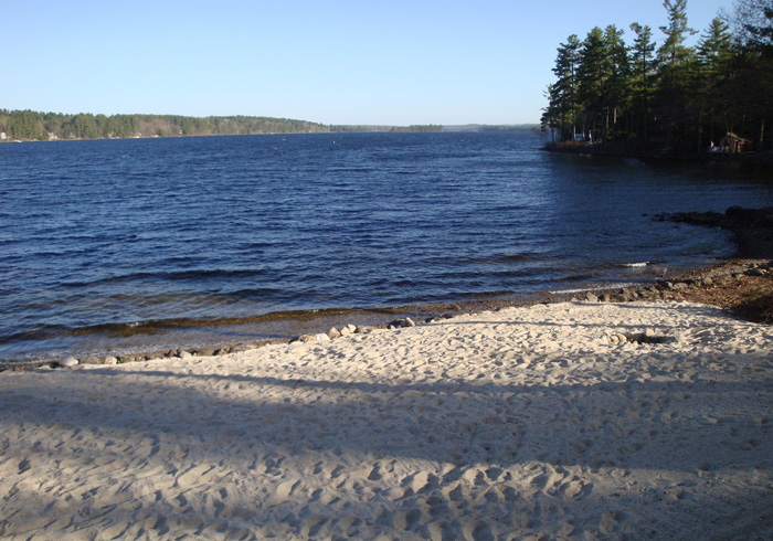 Maine Sebago Lake Region Vacation Rental lldard.11.jpg