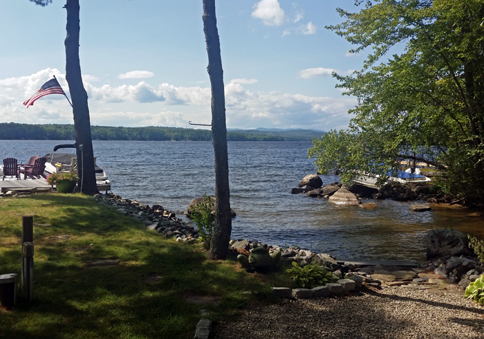 Maine Sebago Lake Region Vacation Rental llfris.17.jpg