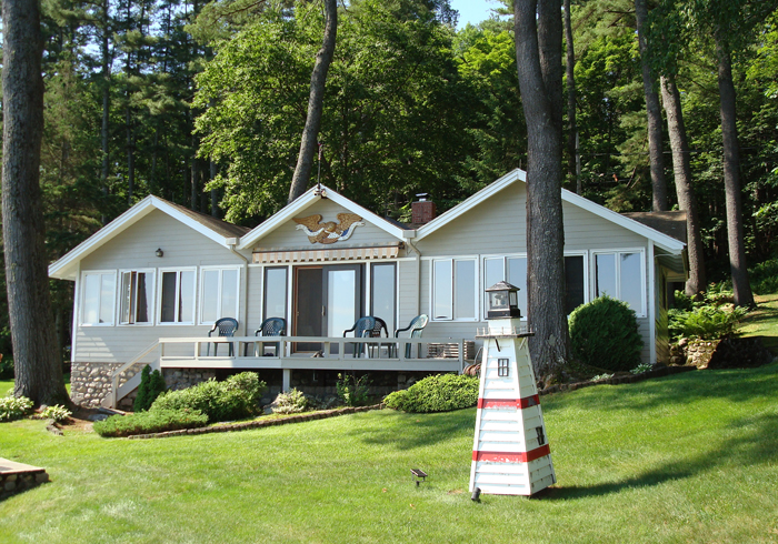 Maine Sebago Lake Region Vacation Rental llsche.2.jpg