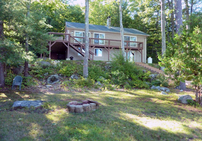 Maine Sebago Lake Region Vacation Rental lskapl.16.jpg