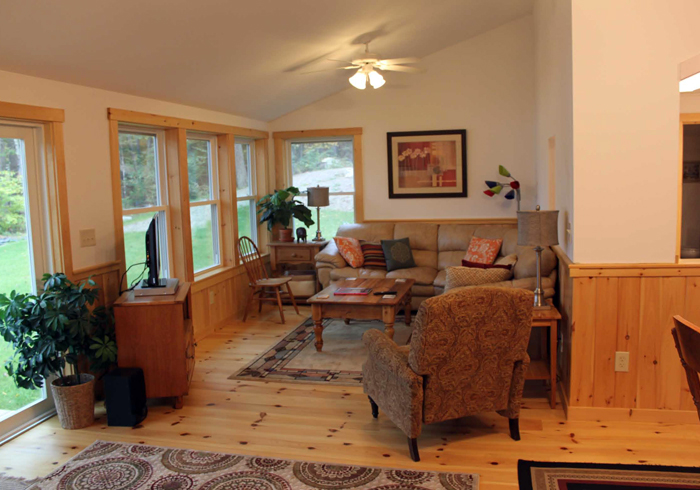 Maine Sebago Lake Region Vacation Rental lsmako.6.jpg