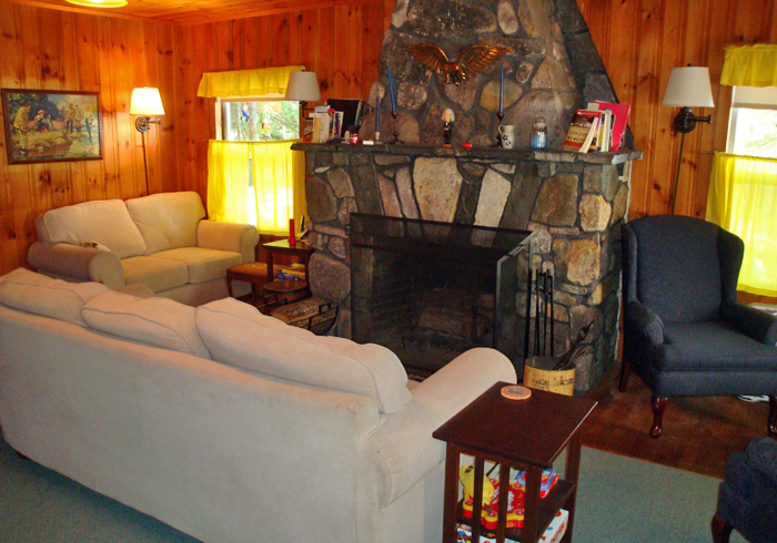 Maine Sebago Lake Region Vacation Rental mpcarr.13.jpg