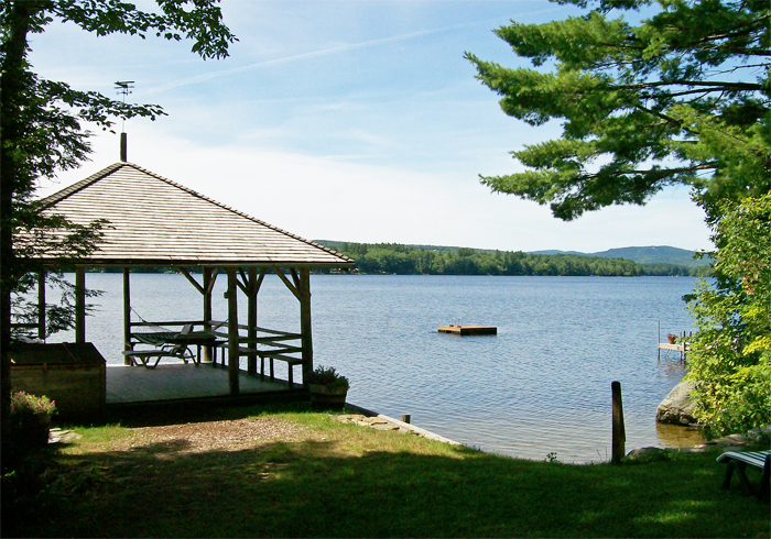 Maine Sebago Lake Region Vacation Rental nlcase.4.JPG