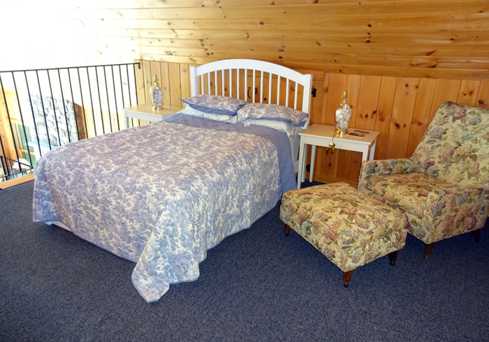 Maine Sebago Lake Region Vacation Rental plmbee.13.jpg