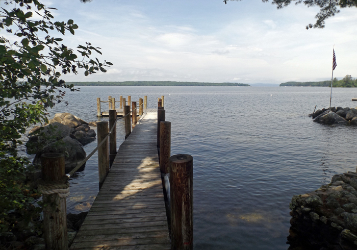 Maine Sebago Lake Region Vacation Rental sllamp.3.JPG