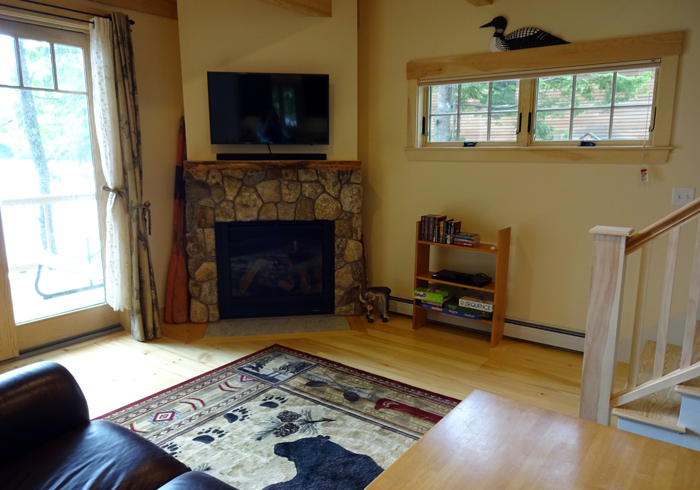 Maine Sebago Lake Region Vacation Rental slloon.22.JPG
