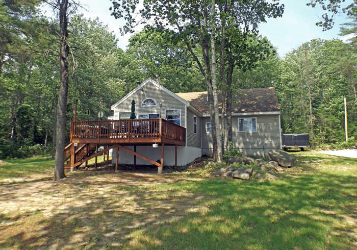 Maine Sebago Lake Region Vacation Rental spdior.4.jpg