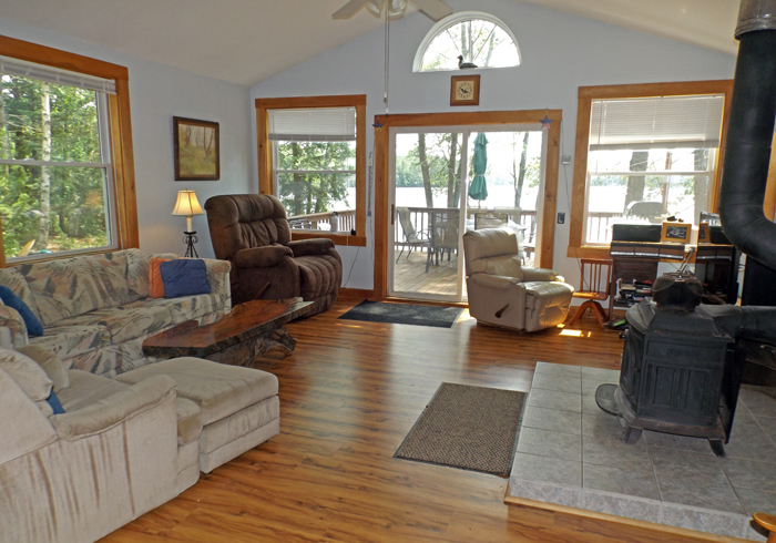 Maine Sebago Lake Region Vacation Rental spdior.8.jpg
