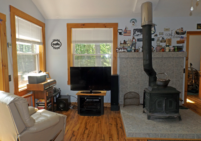 Maine Sebago Lake Region Vacation Rental spdior.9.jpg