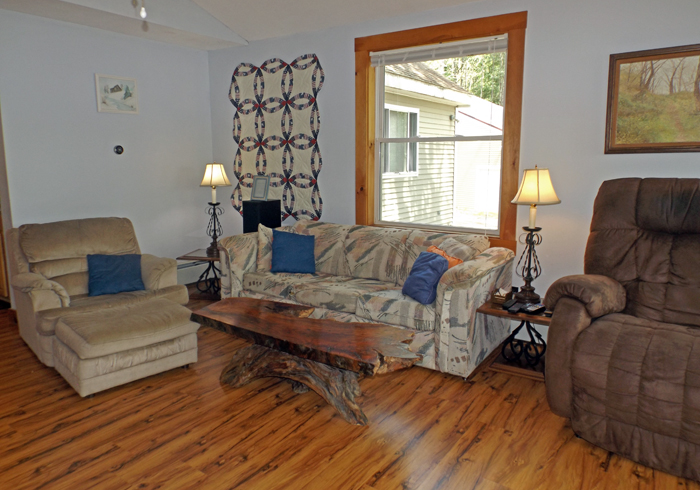 Maine Sebago Lake Region Vacation Rental spdior.10.jpg